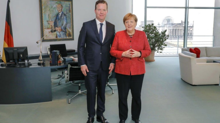 Oliver Hermes, President and CEO of the Wilo Group, was a guest of Chancellor Merkel in Berlin for a four-eye discussion.