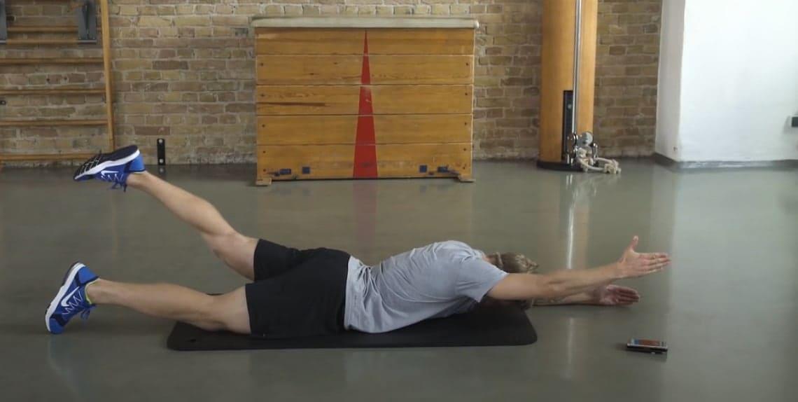 Rückenschmerzen ade! Wie nur 6 Übungen Abhilfe schaffen..
